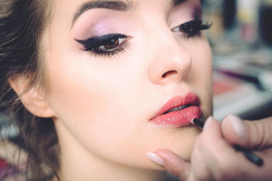 Makeup, Process